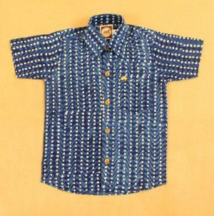 BSH15 White Dots Indigo shirt front 01