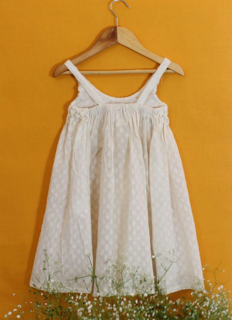 GDR01 Smocking dress back 02