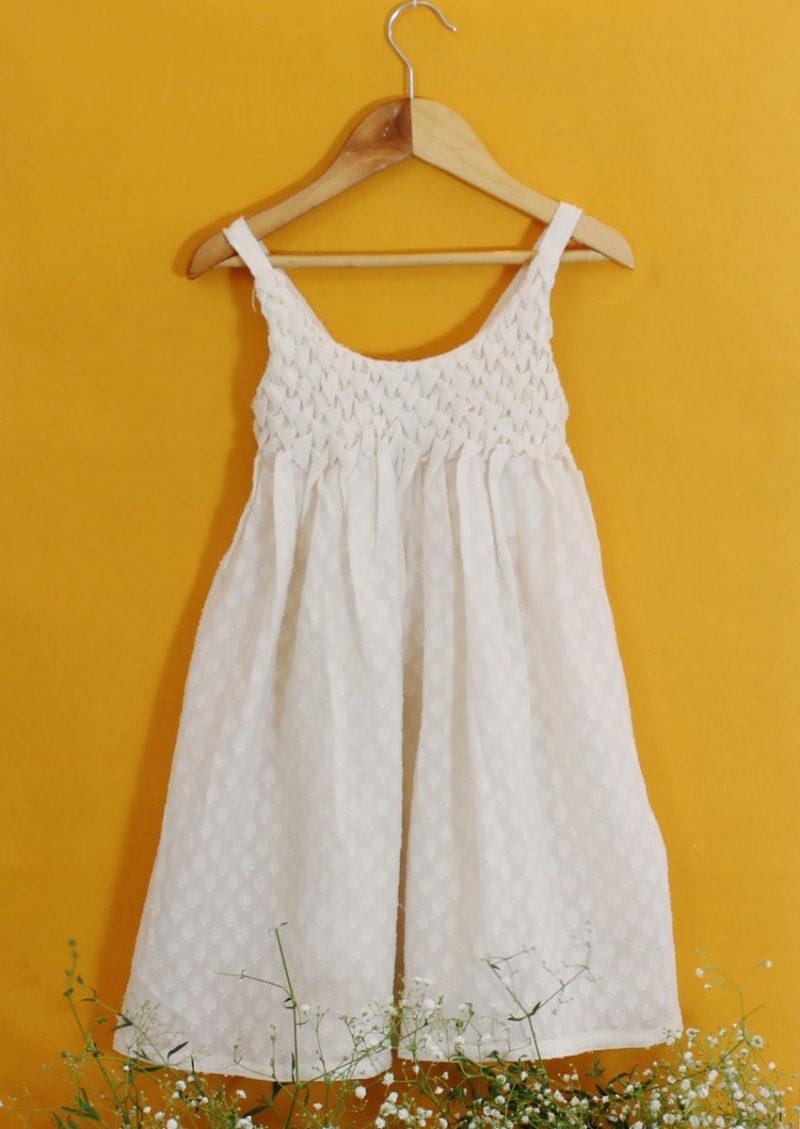GDR01 Smocking dress front 01
